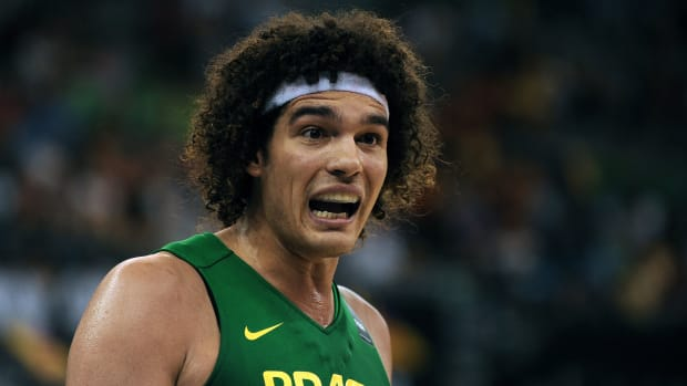 anderson-varejao-out-olympics-brazil-back-injury.jpg