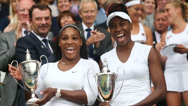 serena-venus-williams-sisters-doubles-title-wimbledon.jpg