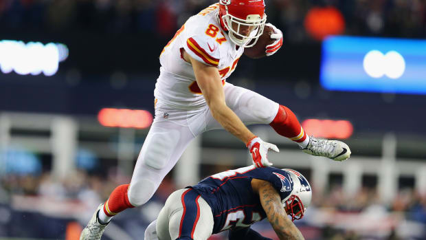 chiefs-travis-kelce-extension.jpg
