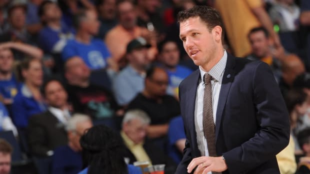 Lakers hire Luke Walton as head coach -- IMAGE