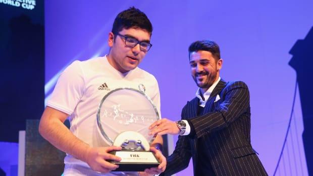 fifa-interactive-world-cup-2016-mohamad-al-bacha-wins-2.jpg