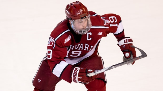 jimmy-vesey-free-agent-contract-sign-elc.jpg