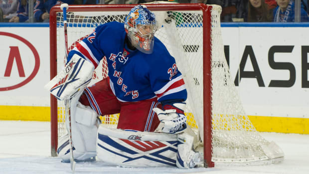 new-york-rangers-antti-raanta-new-mask-nypd-photos.jpg