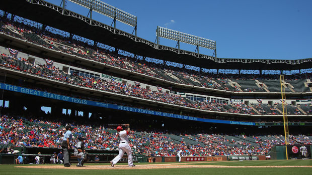 texas-rangers-season-tickets-free-home-run.jpg