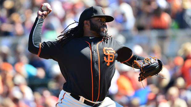 johnny_cueto-injury-update-giants-concussion-test-hospital.jpg