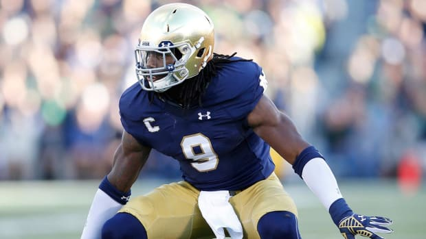 Cowboys select Jaylon Smith in second round -- IMAGE