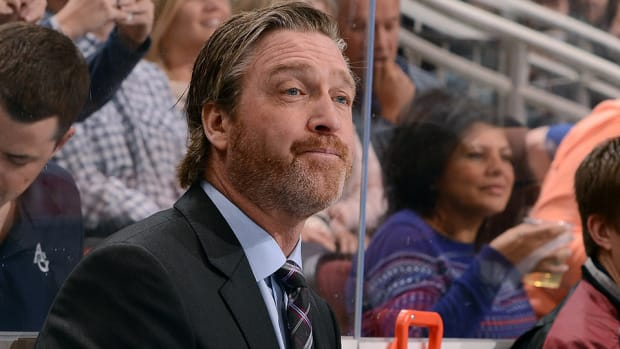 patrick-roy-goaltender-colorado-avalanche.jpg
