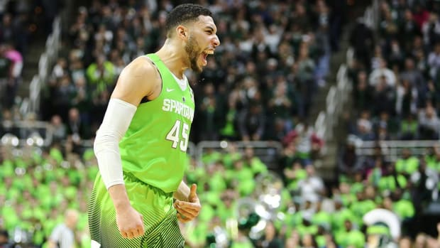 Wooden Watch: Denzel Valentine Player of the Year IMG