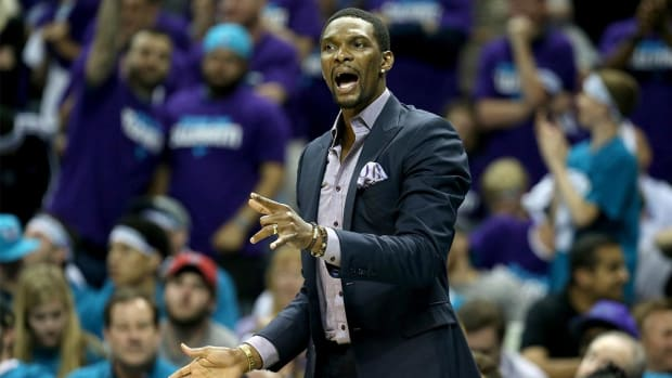 Heat announce Chris Bosh will miss playoffs--IMAGE