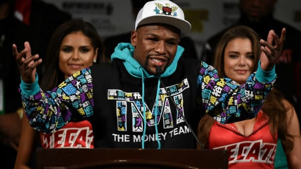 floyd-mayweather-conor-mcgregor-video-fight-wwe.jpg