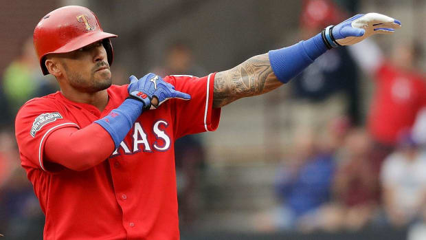 Report: Rockies, Ian Desmond agree to five-year, $70 million deal - IMAGE
