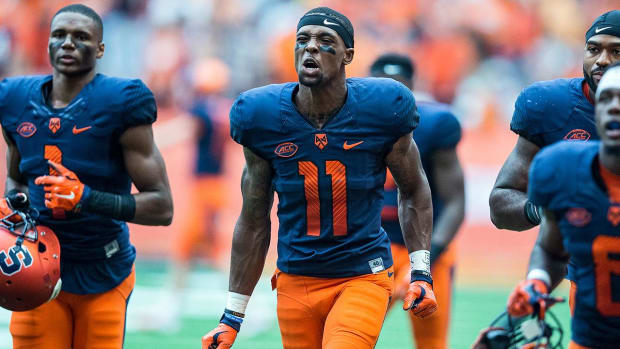 Syracuse football players stabbed by former teammate - IMAGE