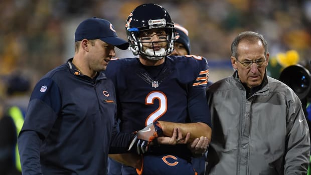 Bears QB Brian Hoyer breaks arm in loss to Packers -- IMAGE