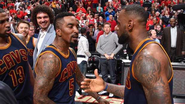 J.R. Smith on LeBron's possible super team: 'Save me a spot' -- IMAGE