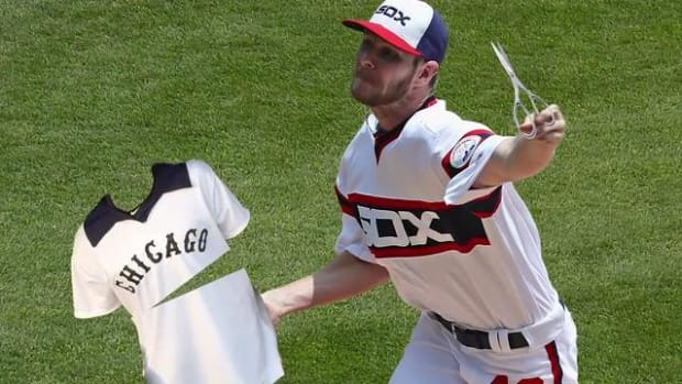 White Sox suspend Chris Sale five days for jersey incident -- IMAGE