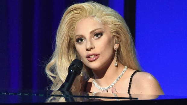 lady-gaga-super-bowl-50-national-anthem-announced.jpg
