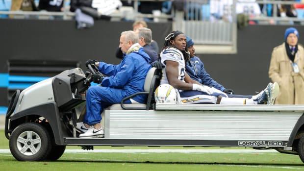 NFL Week 14 injury roundup: Chargers lose pair of stars--IMAGE