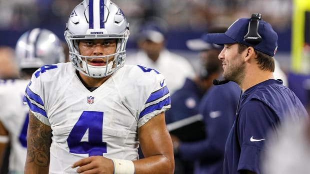 Report: Tony Romo willing to be Dak Prescott's backup -- IMAGE