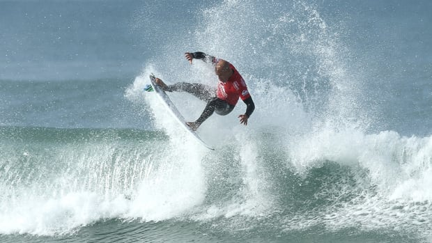 kelly-slater-world-surf-league-virtual-reality.jpg