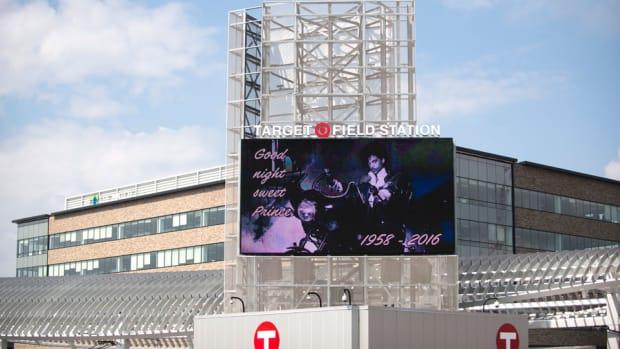 prince-tribute-minnesota-twins-purple-rain-viewing-free-target-field.jpg