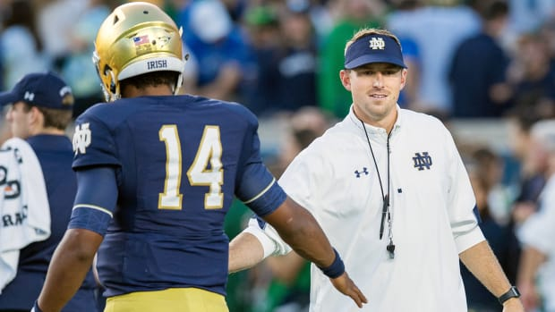 mike-sanford-hired-western-kentucky-head-coach-notre-dame