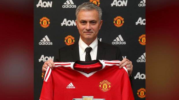 Manchester United announce Jose Mourinho as new manager -- IMAGE