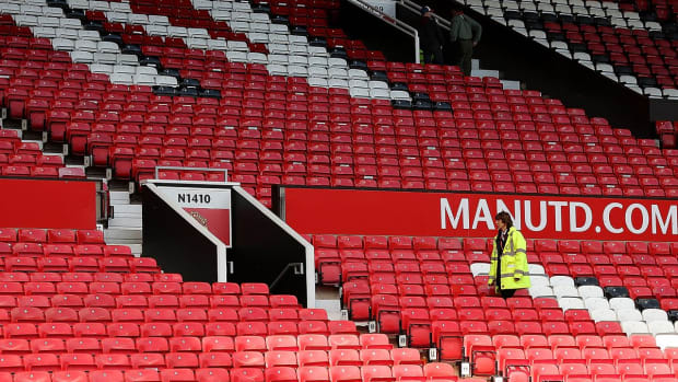 Manchester United match abandoned due to suspicious package - IMAGE