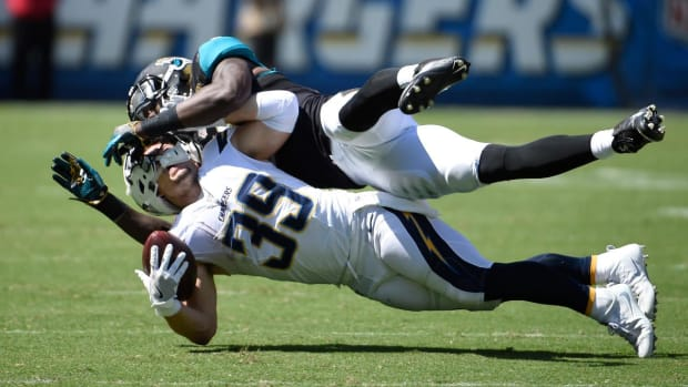 Chargers RB Danny Woodhead out for season with torn ACL - IMAGE