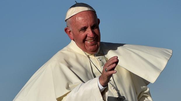 pope-francis-chicago-fire-soccer-ball.jpg