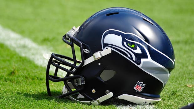 Seahawks fined, lose fifth-round draft pick for violating off-season workout rules - IMAGE