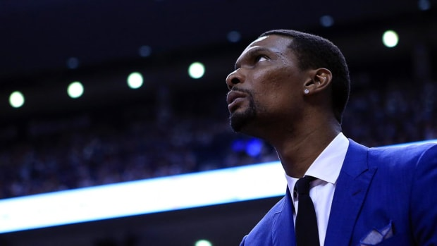 Chris Bosh fails physical with blood clotting, no timetable for return - IMAGE