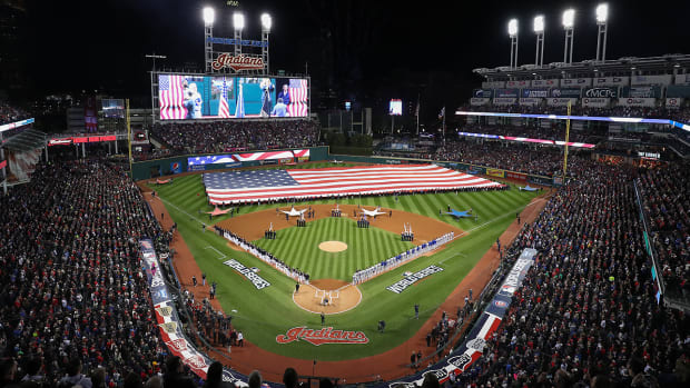 cleveland-indians-chicago-cubs-world-series-game-1.jpg
