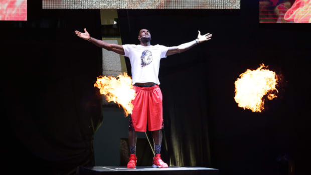LeBron's Nike deal may be worth more than $1 billion