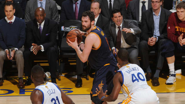 kevin-love-injury-cavaliers.jpg