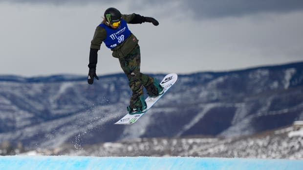sage-kotsenburg-snowboarding-big-air-fenway-x-games-aspen-960.jpg