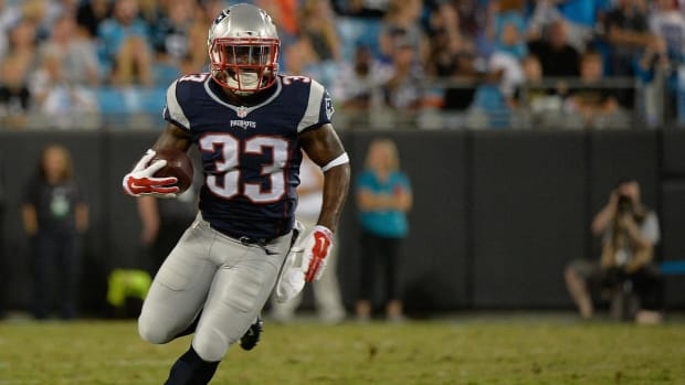 Reports: Patriots' Dion Lewis needs second surgery, Sebastian Vollmer to IR -- IMAGE
