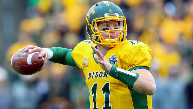carson-wentz-2016-nfl-draft-si-college-football-podcast.jpg