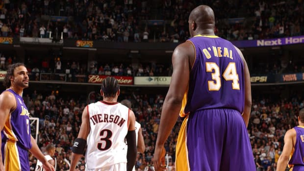 Allen Iverson, Shaquille O'Neal, Yao Ming highlight 2016 Basketball Hall of Fame finalists -- IMAGE