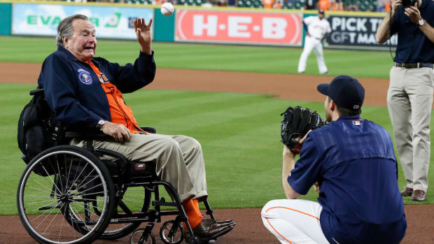 george-hw-bush-first-pitch-video.jpg