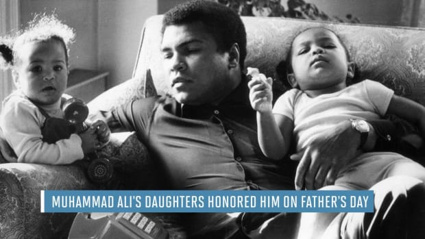 Muhammad Ali's daughters honor him on Father's Day -- IMAGE