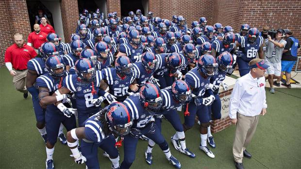 Report: 13 of 28 Ole Miss NCAA violations involve football IMAGE