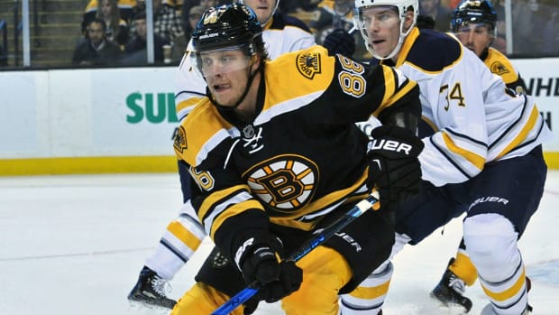 david-pastrnak-bruins-nhl-1300.jpg
