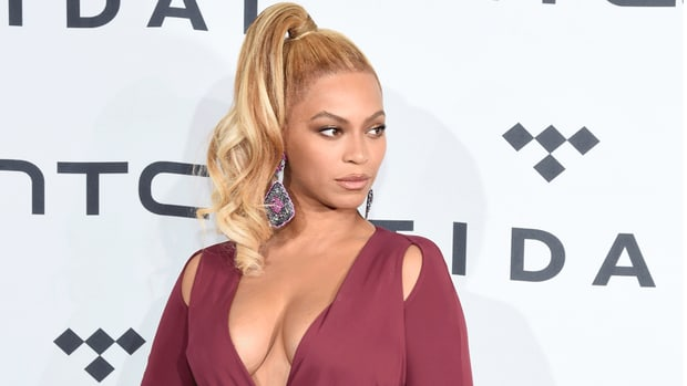 beyonce-hot-clicks-lovely-lady-of-the-day.jpg