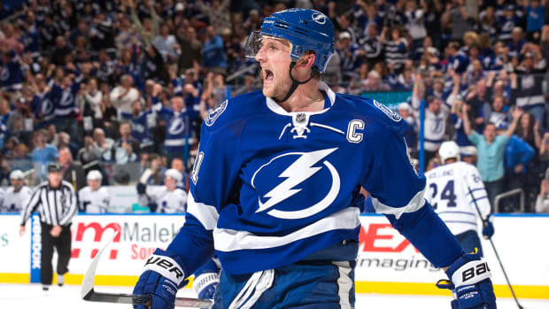 steven-stamkos-free-agency-blood-clot-recovery-nhl-preview.jpg