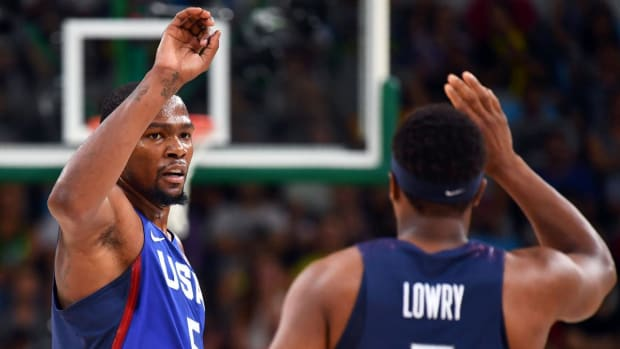 U.S. men's basketball open Olympics with 57-point victory over China--IMAGE