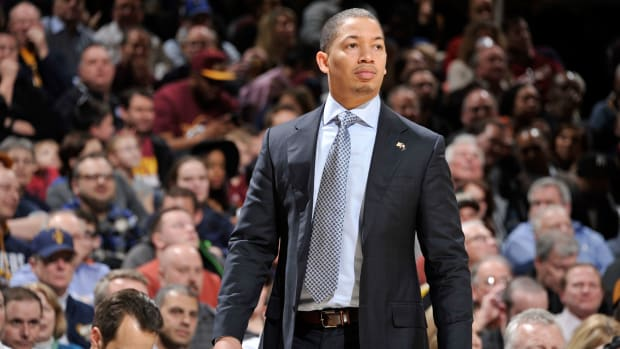 tyronn-lue-all-star-game-coach-cavaliers-east.jpg