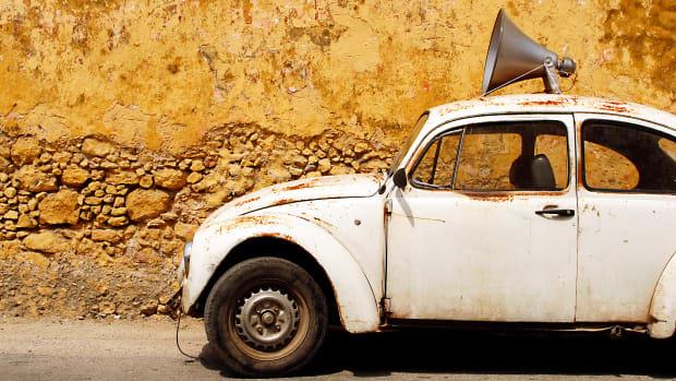 Car-bullhorn-Janet-Kimber.jpg