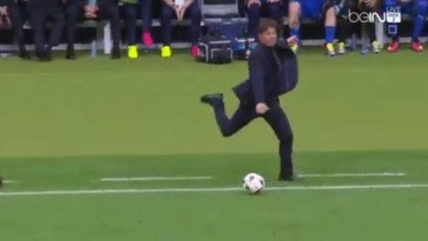 conte-kicks-soccer-ball-euro-2016.png