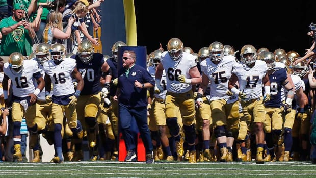 brian-kelly-notre-dame-fighting-irish-football-2016-preview.jpg