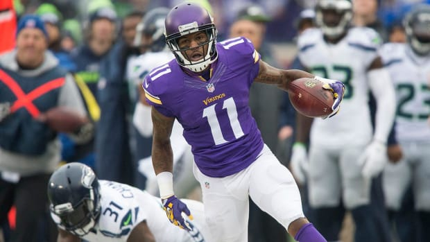 Ravens agree to deal with WR Mike Wallace--IMAGE